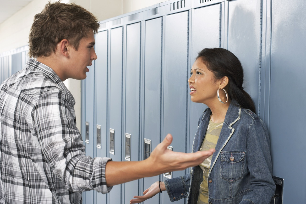 10 Signs You're In a Mentally Abusive Relationship